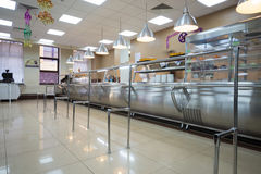 餐厅现代内部在商业中心 免版税库存图片