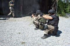 在训练的特别警察小分队 库存照片