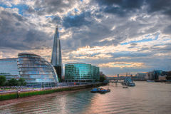 从塔桥梁,伦敦的看法 免版税图库摄影