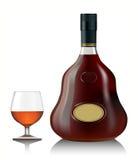 一口威士忌酒杯科涅克白兰地和瓶 图库摄影