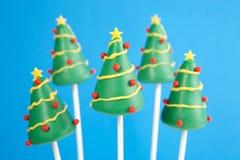Το κέικ χριστουγεννιάτικων δέντρων σκάει Στοκ εικόνες με δικαίωμα ελεύθερης χρήσης