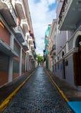 狭窄的街道 免版税库存图片