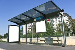 Ένα κενό σημάδι στη στάση λεωφορείου Στοκ φωτογραφία με δικαίωμα ελεύθερης χρήσης