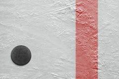 Шайба на льде Стоковое Изображение