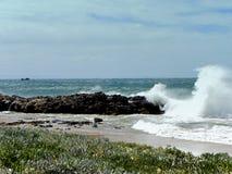 风雨如磐的海 免版税库存图片