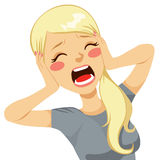 Сотрясенная женщина кричащая Стоковое Изображение