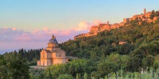 圣比亚焦教会在托斯卡纳,意大利 免版税库存图片