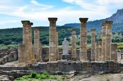 在海滨的古老罗马废墟 免版税库存照片