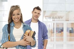 图书馆学生前面  图库摄影