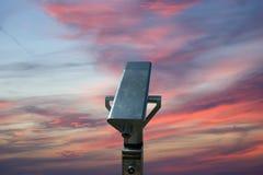 Θεατής τηλεσκοπίων (τηλεσκόπιο τύπων τουριστών) Στοκ φωτογραφία με δικαίωμα ελεύθερης χρήσης