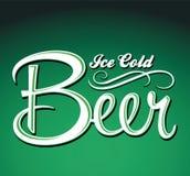 冰冷的啤酒传染媒介-字法-标志 库存照片