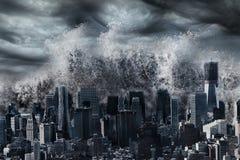Γιγαντιαίο τσουνάμι Στοκ εικόνα με δικαίωμα ελεύθερης χρήσης