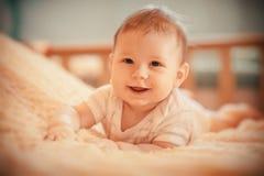 逗人喜爱的婴孩 免版税库存照片