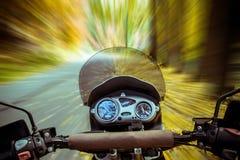 Мотоцилк в движении Стоковая Фотография