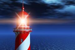 灯塔在黑暗的晚上在海洋 免版税库存照片