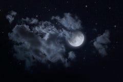 夜满天星斗的天空和月亮 免版税图库摄影