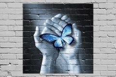 Γκράφιτι χεριών πεταλούδων αγάπης Στοκ εικόνα με δικαίωμα ελεύθερης χρήσης