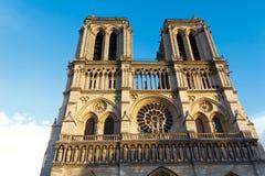 Собор Нотр-Дам, Париж, Франция. Туристическая достопримечательность Парижа Стоковое Фото