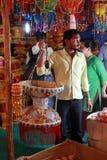 Продавец фонарика Стоковая Фотография RF