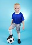 Χαριτωμένος λίγο πορτρέτο ποδοσφαιρικών αστέρων Στοκ εικόνες με δικαίωμα ελεύθερης χρήσης