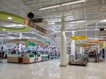 大型超级市场,特易购莲花在泰国 免版税库存图片