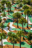 一条小小高尔夫球路线的鸟瞰图。 免版税图库摄影