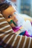 在药物治疗下的孩子 库存图片