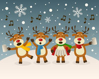唱歌在雪的醉酒的驯鹿 免版税库存照片