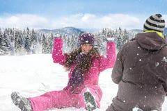 雪球战斗。 免版税库存照片