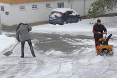 积雪的清除 免版税库存照片