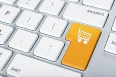 Покупки клавиатуры онлайн Стоковые Фото