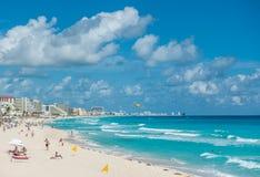 坎昆海滩全景,墨西哥 免版税图库摄影