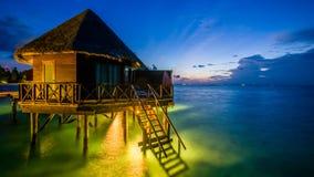在马尔代夫的愉快的天 库存图片