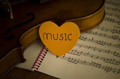 时刻实践小提琴 图库摄影
