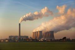 煤炭被解雇的动力火车-英国 免版税库存照片