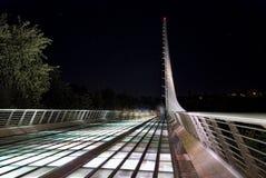 在乌龟海湾-雷丁加利福尼亚的日规桥梁 图库摄影