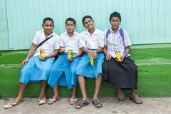 男小学生在汤加 免版税库存图片