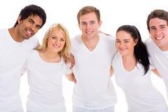 小组朋友拥抱 免版税库存图片