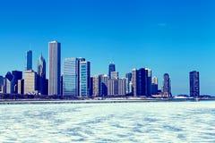 Ορίζοντας του Σικάγου το χειμώνα Στοκ εικόνα με δικαίωμα ελεύθερης χρήσης