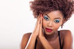黑女性模型 免版税库存图片