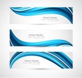 抽象倒栽跳水蓝色发光的波浪  免版税库存照片