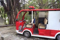 Ηλεκτρικό πυροσβεστικό όχημα Στοκ εικόνα με δικαίωμα ελεύθερης χρήσης