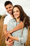 在爱的愉快的美好的夫妇。 库存照片