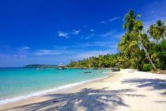 在一个热带海岛上的天堂假期 免版税库存图片