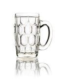 在白色啤酒隔绝的空的玻璃杯子 免版税库存照片