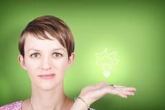 Женщина с идеей окружающей среды и экологичности Стоковая Фотография