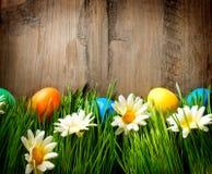 五颜六色的复活节被绘的鸡蛋 库存照片