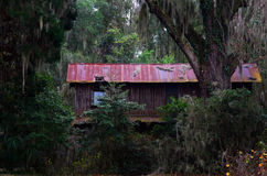 Старое, покинутое здание Стоковое Изображение