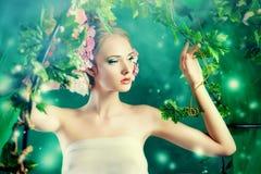 Дама в саде Стоковое Фото