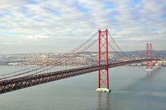 Χρυσή γέφυρα πυλών στη Λισσαβώνα Στοκ Εικόνα